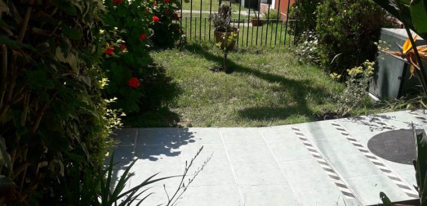 VENDE CASA ELIECER PARADA / DIAGONAL