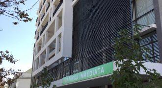 VENDE OFICINA, NUEVA, METRO SALVADOR BARRIO ITALIA
