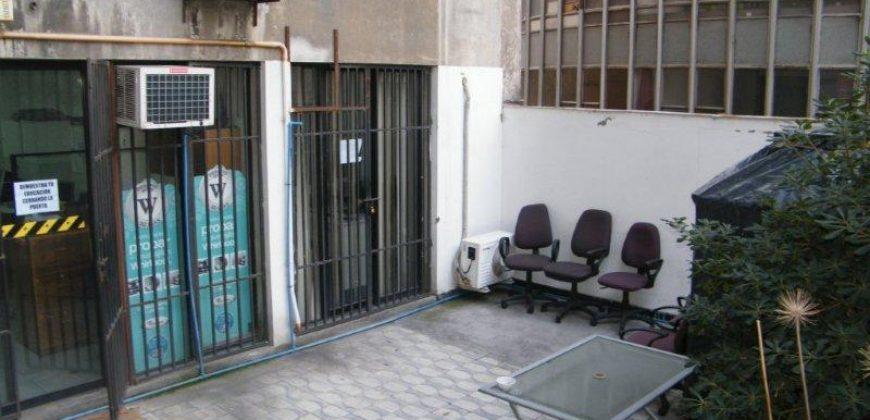 ARRIENDA ALAMEDA CASI ESQUINA SAN DIEGO, OFICINA SEGUNDO PISO